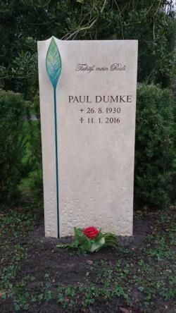 Grabstein Paul Dumke